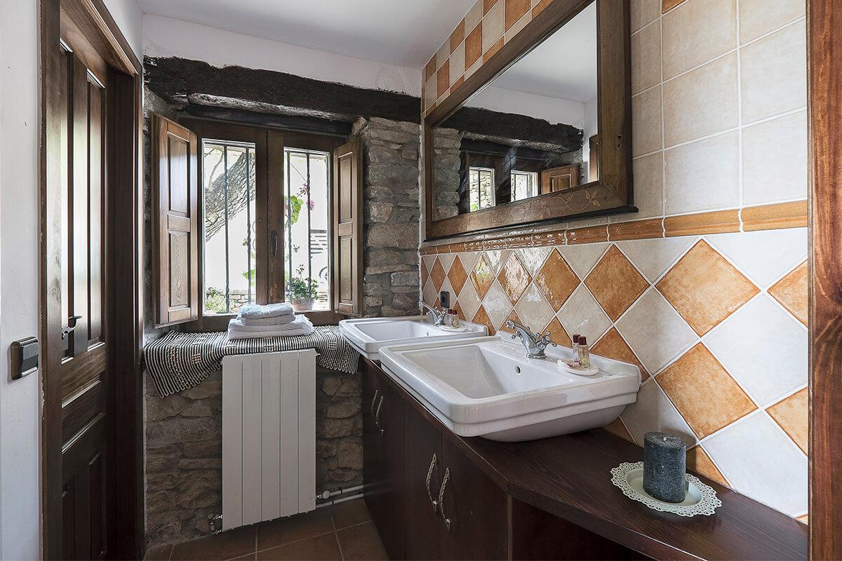 Los Arrengueses baño